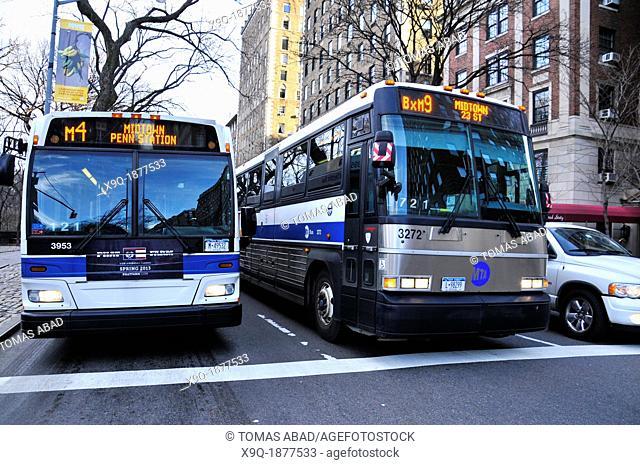 New York City Public Transportation M4 and BXM9 Express MTA Bus, Manhattan, New York City, USA