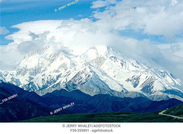 Mount McKinley from Park Road. Denali National Park. Alaska. USA