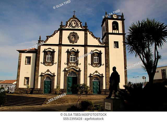 Church of São Jorge.Located in the town center, next to City Hall, in Nordeste, this church is the most important and beautiful church in the county