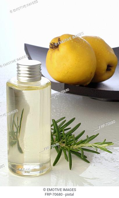 Bath ingredience with rosemary and quince