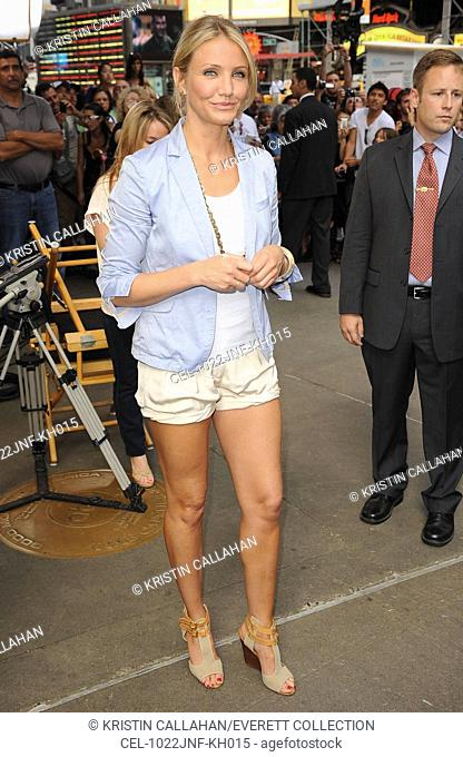Cameron Diaz (wearing Elizabeth and James shorts and Chloe shoes) at talk show appearance for GOOD MORNING AMERICA (GMA) Celebrity Guests, , New York