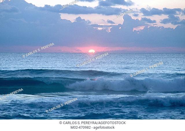 Sea. Sunrise. Cancún. Quintana Roo. Mexico