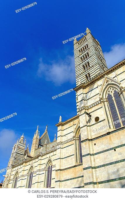 Facade of the Duomo, Siena, Tuscany, Italy Europe