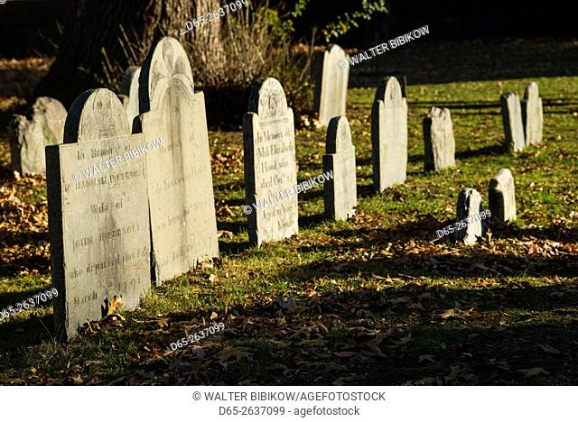 USA, Massachusetts, Salem, gravestone at The Burying Point cemetery
