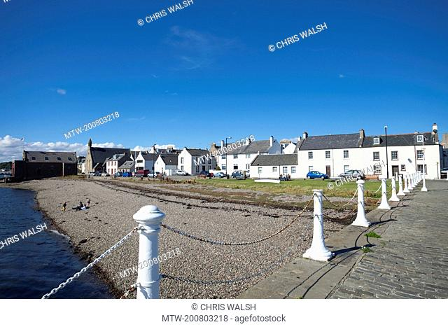Broughty ferry harbour summer blue sky houses
