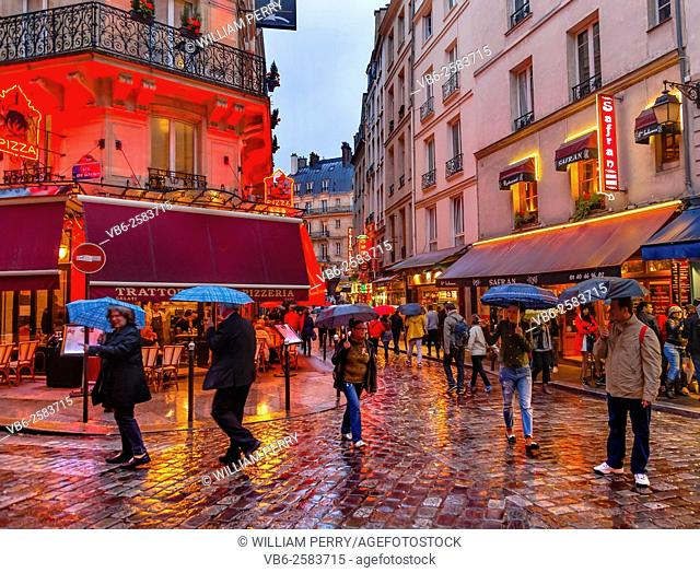 Wine Bars Restaurants Colorful Rainy Streets Tourists Lovers Walking Latin Quarter West Bank Seine Latin Quarter Rue De La Harpe Paris France