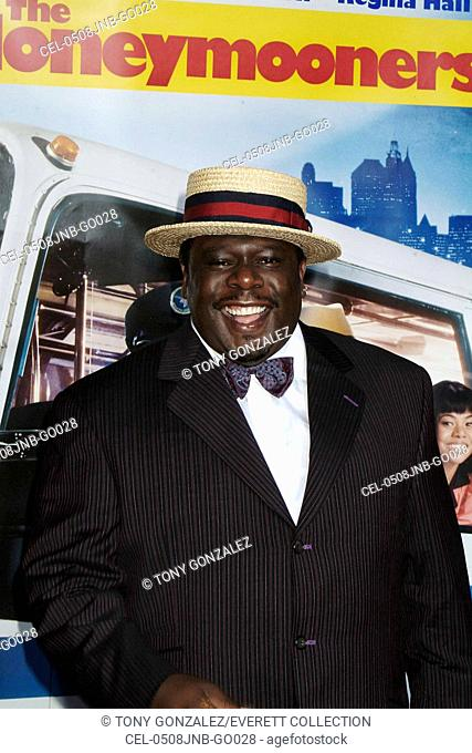 Cedric the Entertainer at arrivals for The Honeymooners World Premiere, Grauman's Chinese Theatre, Los Angeles, CA, Wednesday, June 08, 2005
