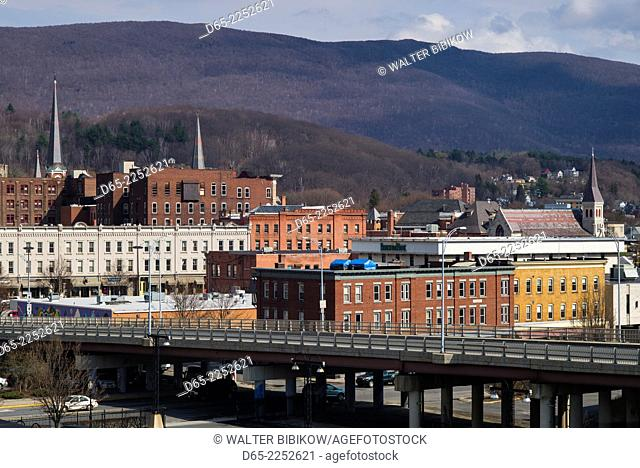 USA, Massachusetts, North Adams, elevated town view
