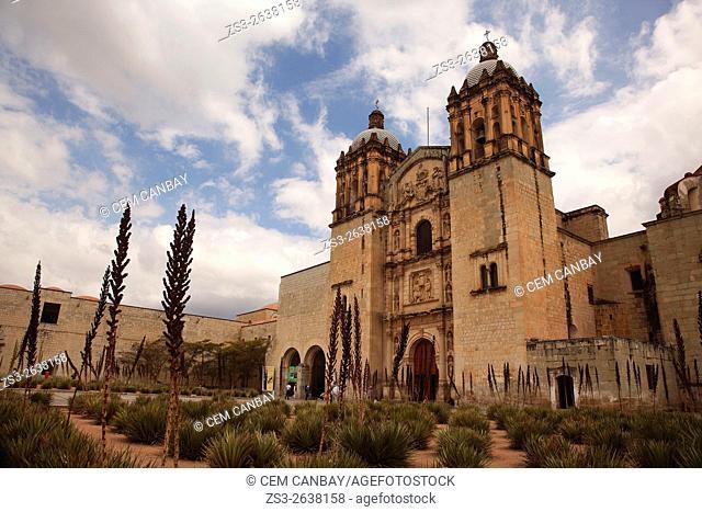 Visitors in front of the Santo Domingo Church in the historic center, Oaxaca, Oaxaca State, Mexico, North America