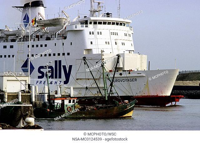 Ostende, port, ferry