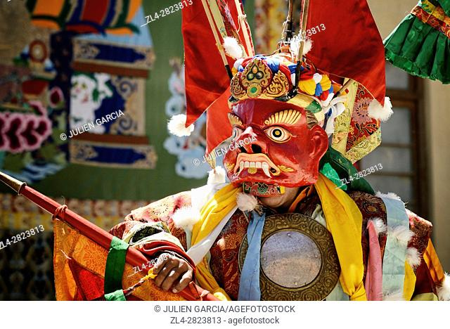 India, Jammu and Kashmir State, Himalaya, Ladakh, Indus valley, festival at the Buddhist monastery of Phyang, sacred mask dances performed by monks