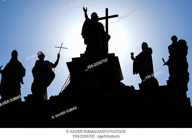 Statues on the facade of the basilica of S. Giovanni in Laterano, Rome, Lazio, Italy