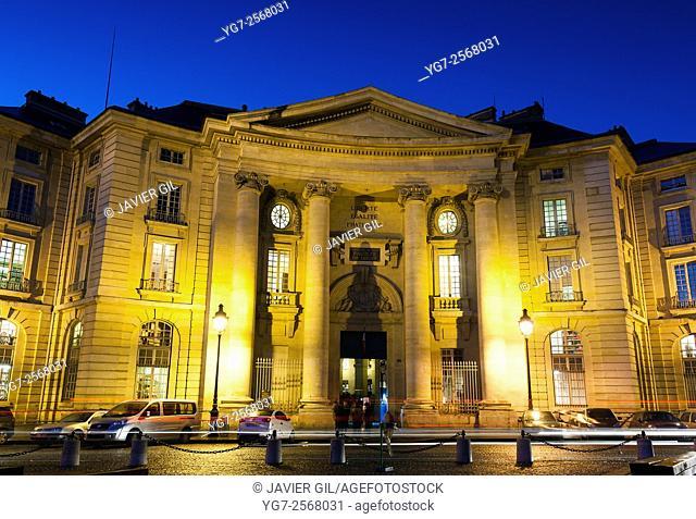 Facade of Sorbonne University, square of the Grands Hommes, Paris, Ile-de-france, France