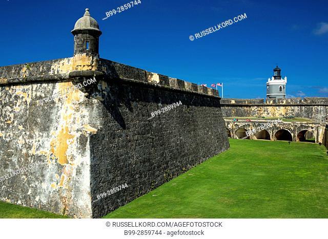 BATTLEMENTS INNER DRY MOAT CASTILLO SAN FELIPE DEL MORRO OLD CITY SAN JUAN PUERTO RICO
