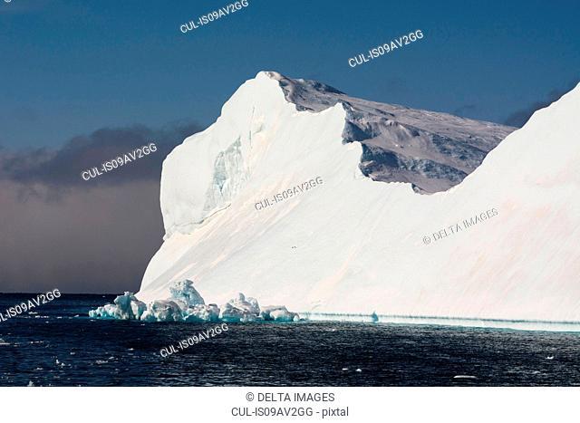 Sunlit iceberg, Ilulissat icefjord, Disko Bay, Greenland