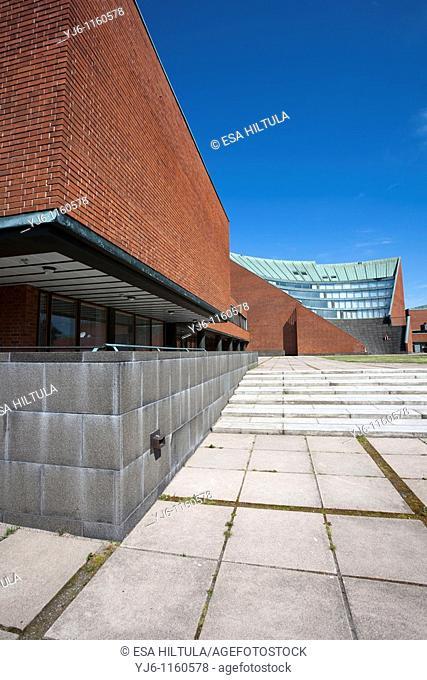 The main building of the Helsinki University of Technology