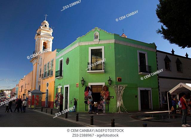 Templo del Ex-Hospital de San Roque Church in yown center, Puebla, Puebla State, Mexico, Central America