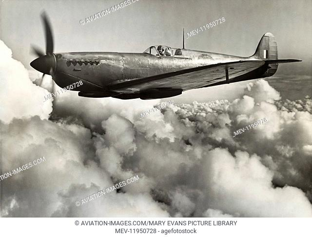 Royal Air Force RAF Photo-Reconnaissance Supermarine Spitfire 11 Flying Enroute