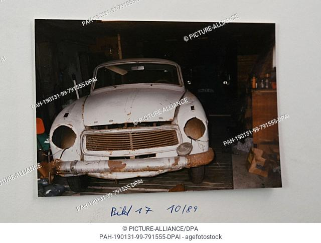 29 January 2019, Bremen: This photo was taken in 1989 by Carsten Pätzold, collector of vintage cars, of his Goliath Hansa 1100 Luxus, year of construction 1960