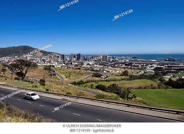 View of the city of Cape Town from the M3 motorway, South Africa, Africa