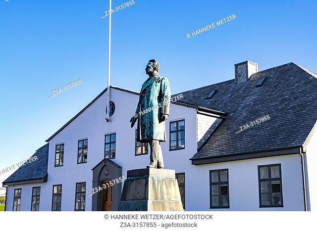 Government House, Prime Minister's Office, and Hannes Hafstein statue, Laekjargata, Reykjavik, Iceland