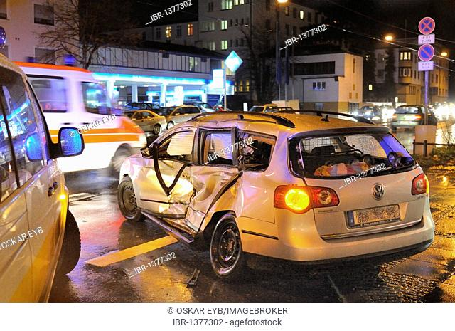 Fatal traffic accident, car turns illegally and crashes with tram, corner Daimlerstrasse - Waiblinger Strasse, Bad Cannstatt, Baden-Wuerttemberg, Germany
