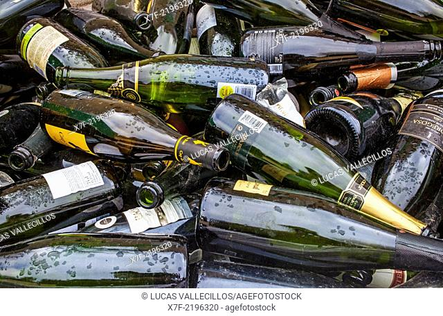 Bottles of champagne storage to recycle, recycling center