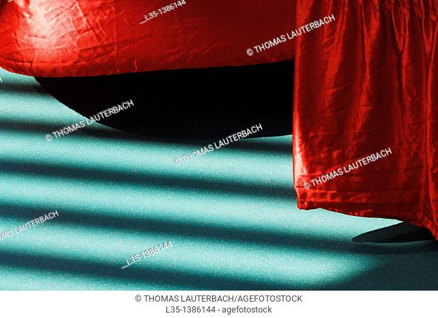 Red table border