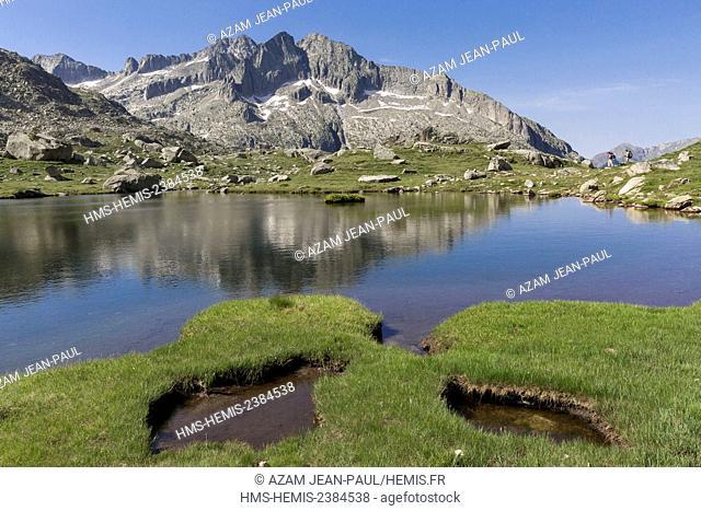 Spain, Catalonia, Val d'Aran, Arties, Aigüestortes i Estany de Sant Maurici National Park, between Monges and Travessani lakes, Punta Alta peak