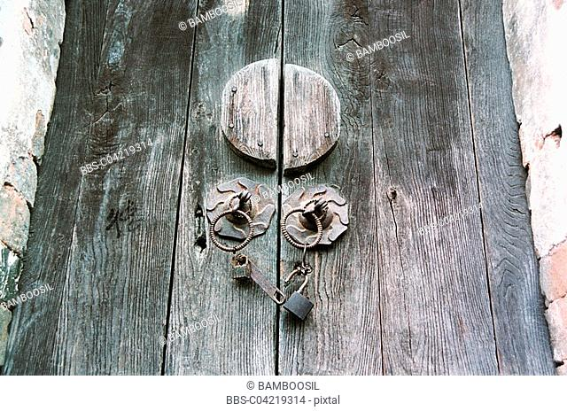 Wooden gate door lock, Likeng village, Wuyuan County, Jiangxi Province of People's Republic of China