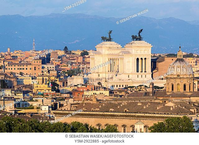 Altar of the Fatherland seen from Janiculum Hill, Rome, Lazio, Italy, Europe