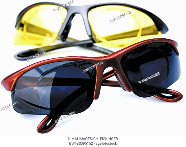 , coloured sports goggles, Germany