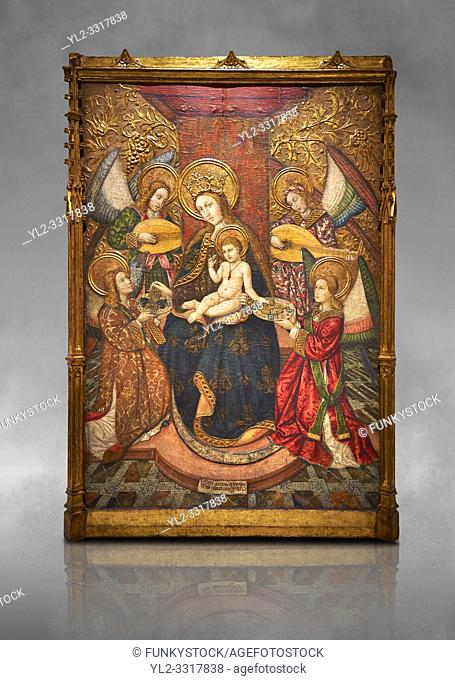 Gothic altarpiece of Madonna and Child and 4 angels, by Pere Garcia de Benavarri, circa 1445-1485, tempera and gold leaf on wood