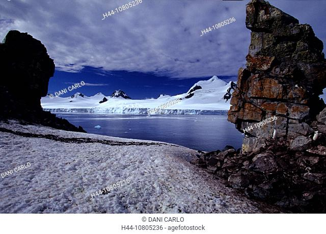 Antarctic, Half Moon Island, South Shetland Island, coast, ice, rock, landscape, sea, penguins