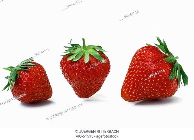 Strawberries. - ERFTSTADT, GERMANY, 28/05/2003