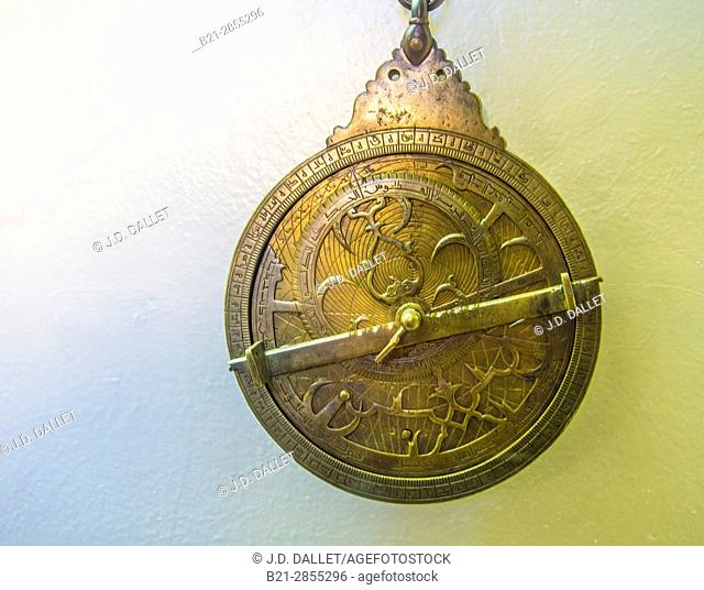 Morocco, Fes, Astrolabe,planisphérique (Laiton gravé) . Med.b. Omar b. Jaafar al Karmani (1362- Hegir.714) Batha Museum at Fes