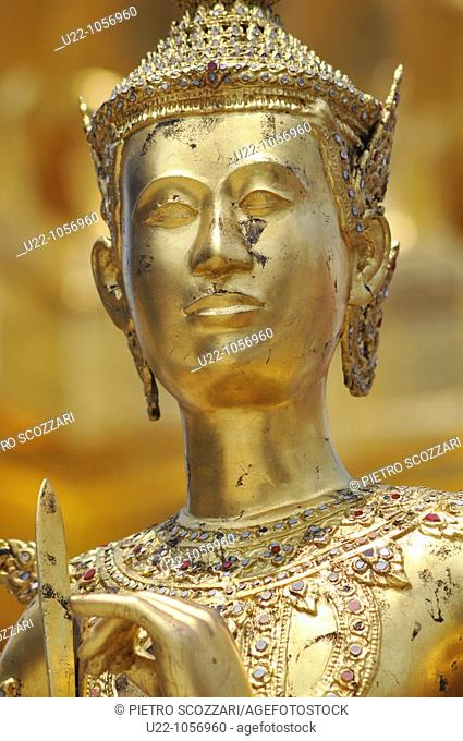 Bangkok (Thailand): a Buddhist statue at the Wat Phra Kaew
