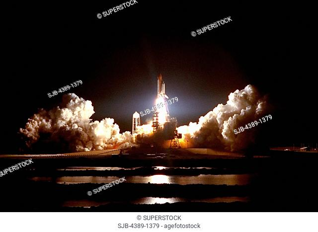 Nighttime Launch of Space Shuttle Atlantis on STS-86