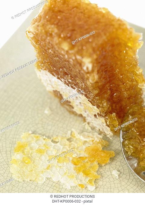 Raw Foods, Honey Comb