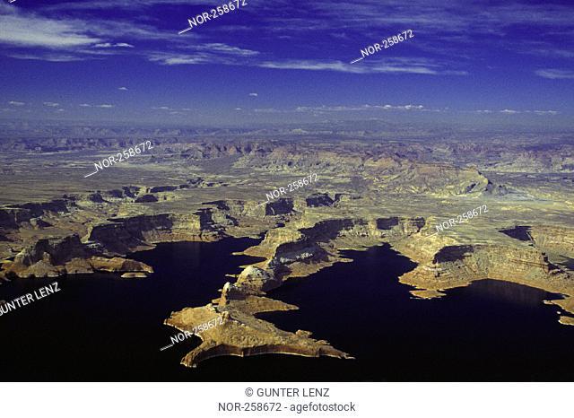 Lake Powell, Airshot