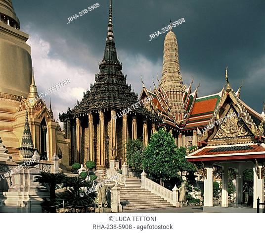 Wat Phra Kaew, Temple of the Emerald Buddha, in the Grand Palace, Bangkok Thailand, Southeast Asia, Asia