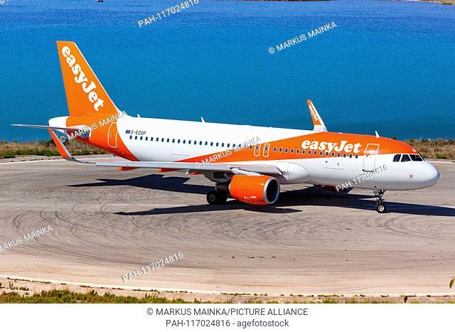Corfu, Greece – 14. September 2017: Easyjet Airbus A320 at Corfu airport (CFU) in Greece. | usage worldwide. - Corfu/Greece