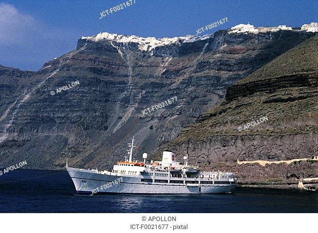Greece, Cyclades, Santorini, ferry boat