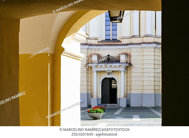 The Grand Courtyard of Vilnius University and Church of St. Johns. Vilnius, Vilnius County, Lithuania, Baltic states, Europe
