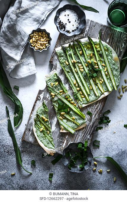Asparagus and wild garlic tarte flambée
