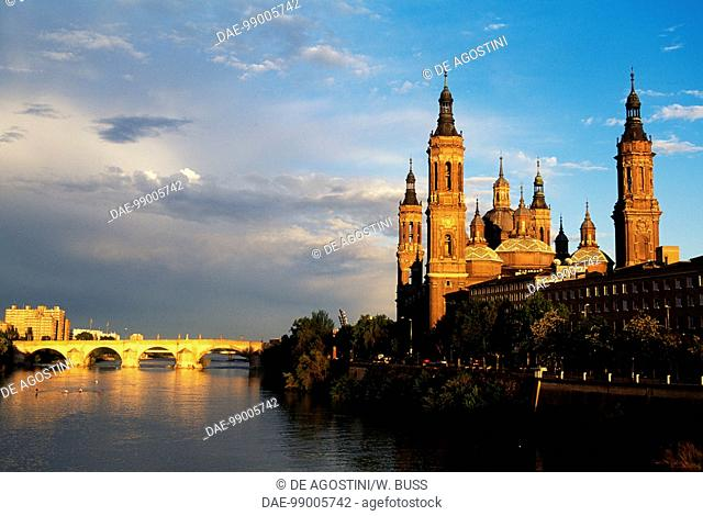 View of the Basilica of Our Lady of Pilar and the Ebro river, Zaragoza, Aragon, Spain