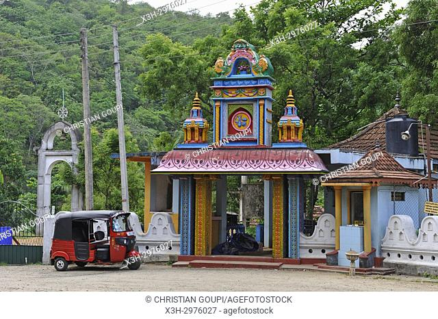 Buddhist temple with Hinduist divinities at the road side, Badulla district, Sri Lanka, Indian subcontinent, South Asia