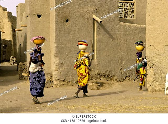 Mali, Djenne, Street Scene With Local Women
