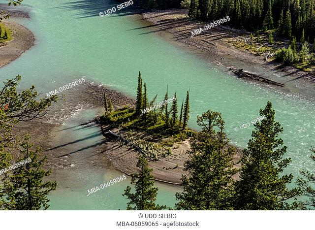 Canada, Alberta, Jasper National Park, Jasper, Athabasaca River, view from the Old Fort Point