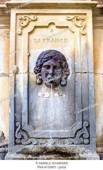France, Vaucluse, Venasque (Most Beautiful Village in France), fountain commemorating the attachment of the Comtat Venaissin to France